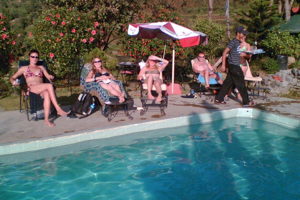085236Guests-Relaxing-at-the-Pool.jpg