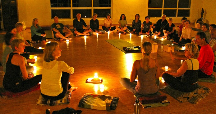 102649gallery_yoga_circle_candles.jpg