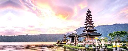 102950bestyogateachertraininginBaliIndonesia.jpg